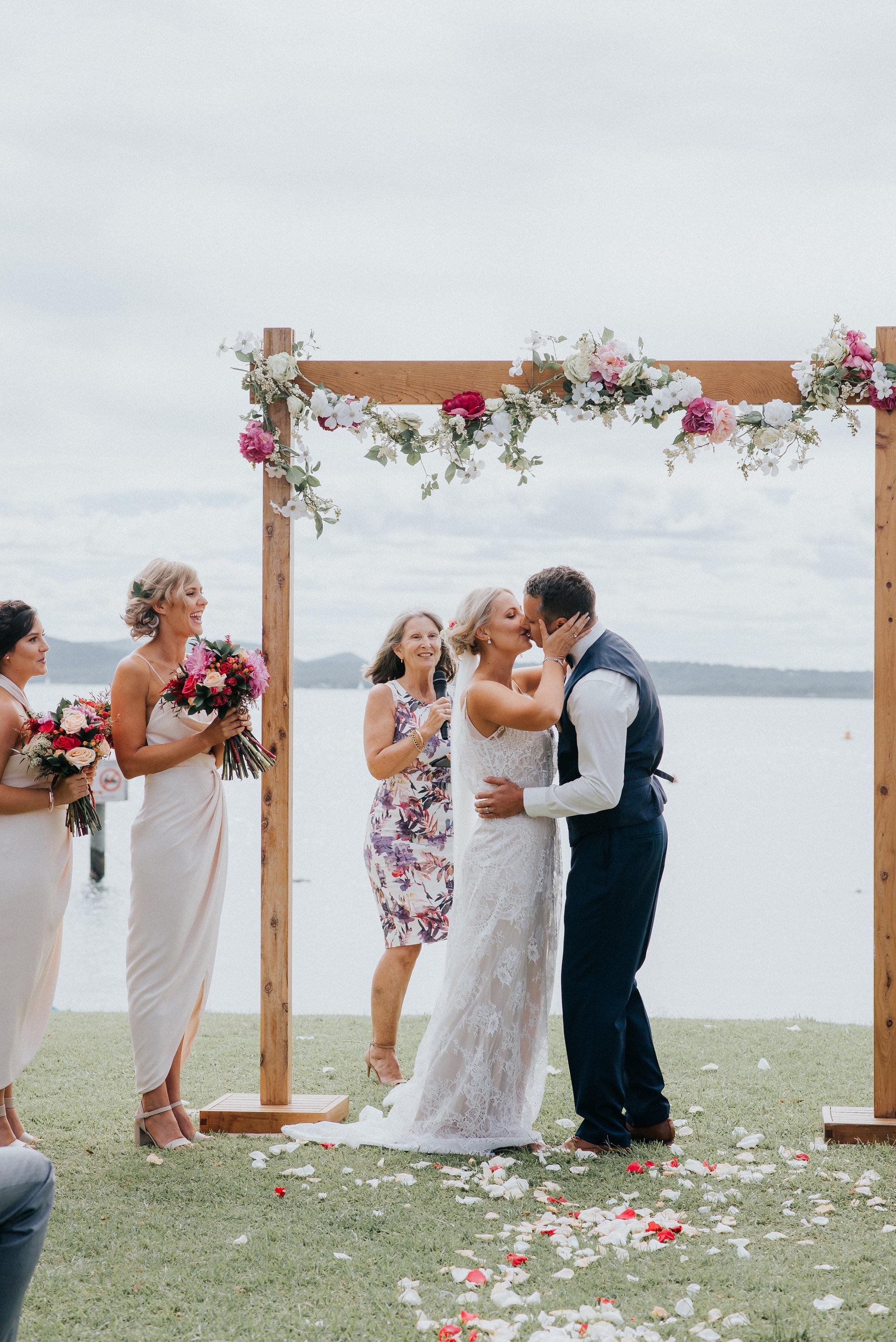 LITTLE-BEACH-WEDDING-MARCHANT-398.jpg