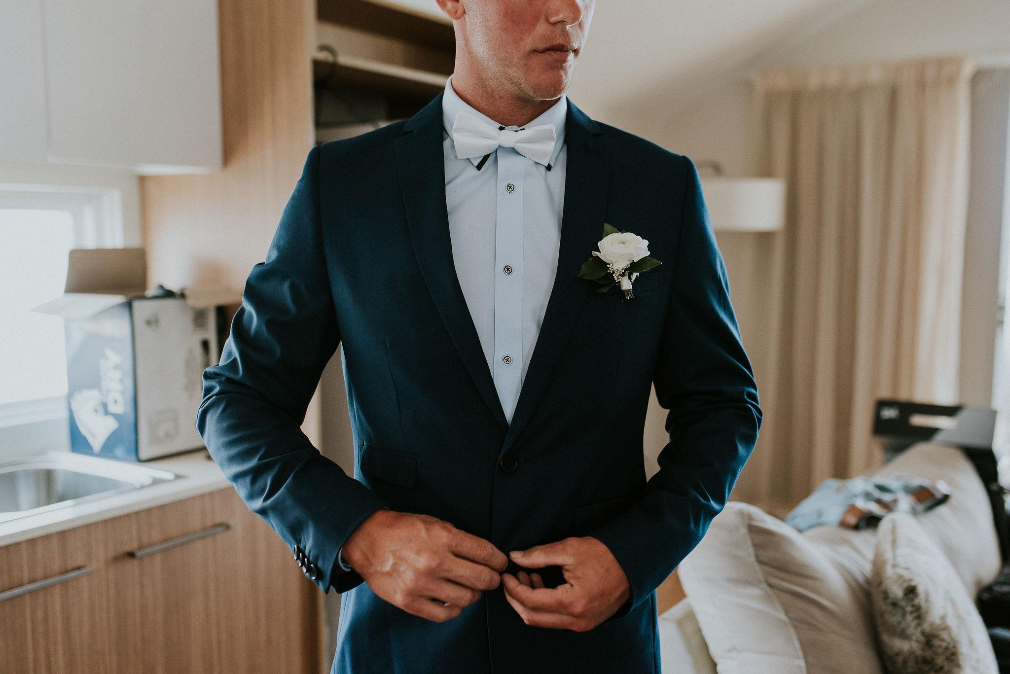 CAVES-BEACH-HOTEL-WEDDING-PATTEN-240.jpg