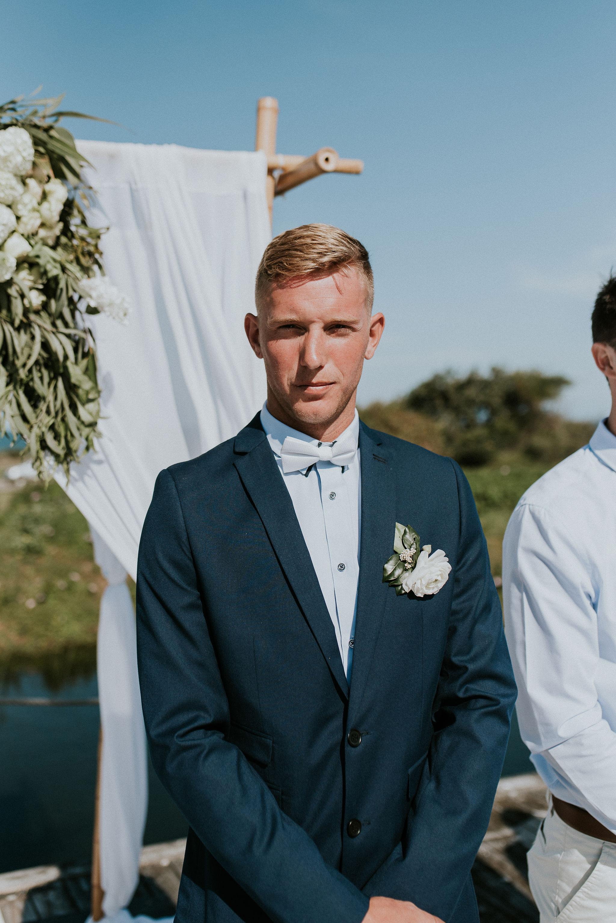 CAVES-BEACH-HOTEL-WEDDING-PATTEN-350.jpg