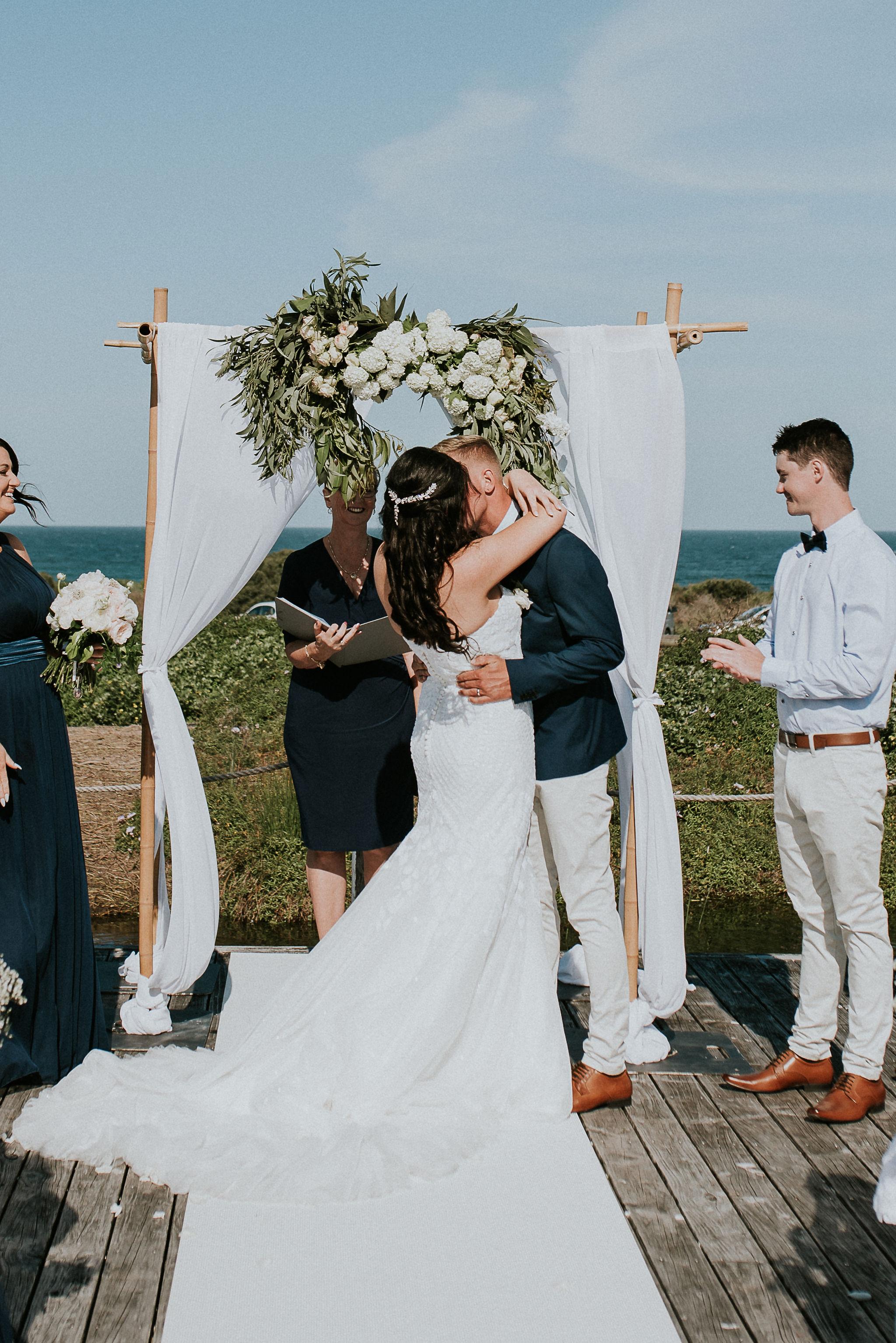 CAVES-BEACH-HOTEL-WEDDING-PATTEN-443.jpg