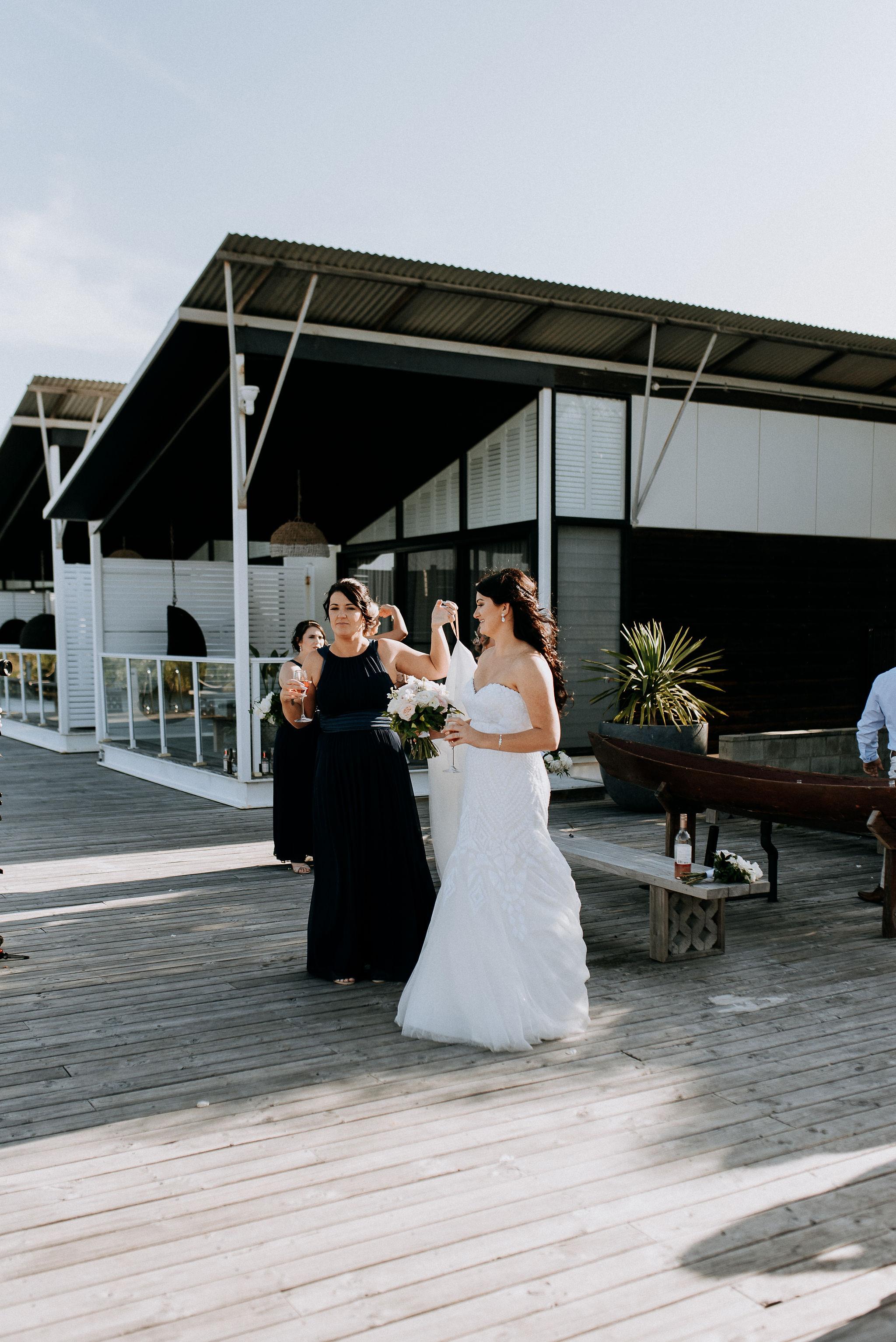 CAVES-BEACH-HOTEL-WEDDING-PATTEN-607.jpg