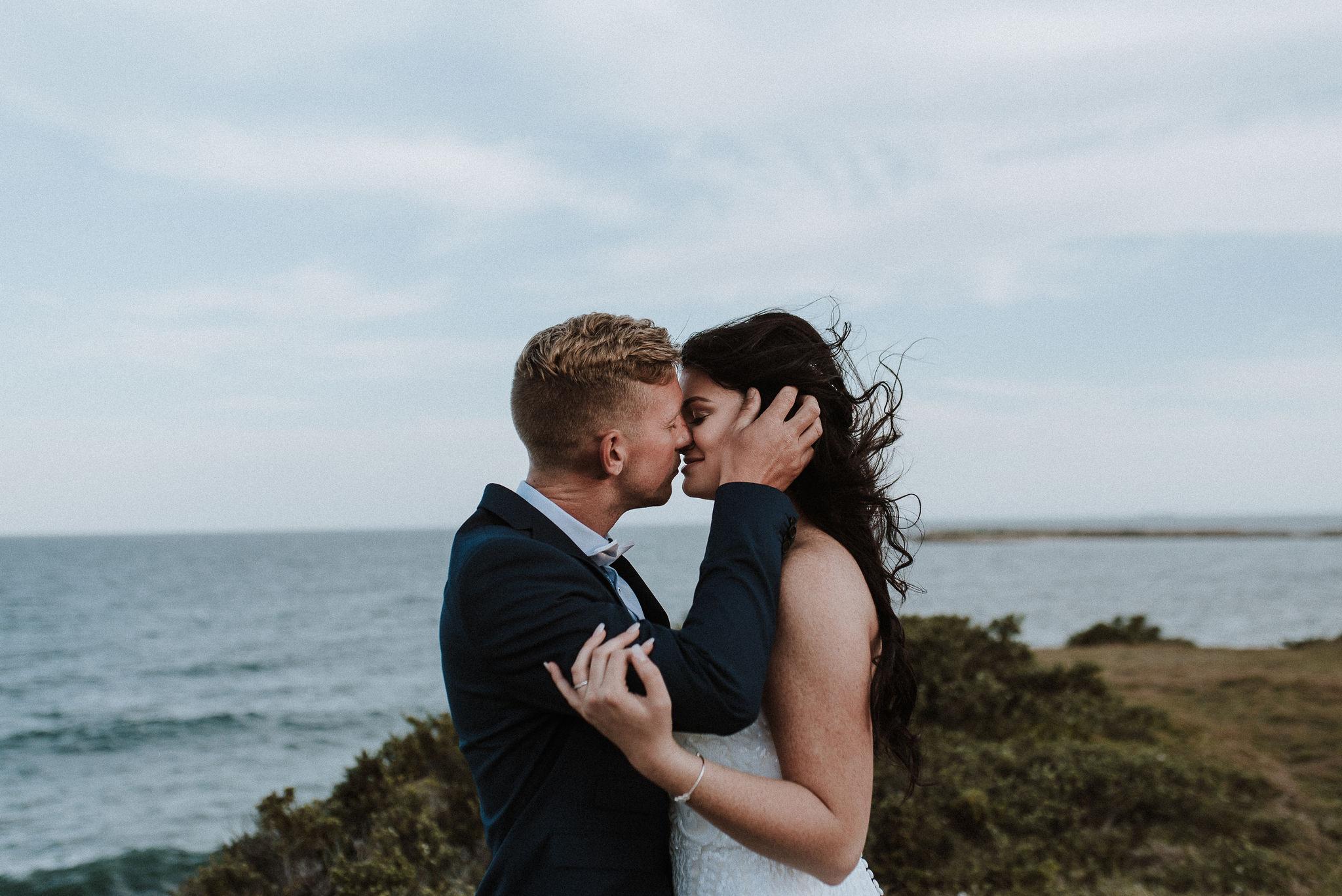CAVES-BEACH-WEDDING-PATTEN-PREVIEW-6.jpg