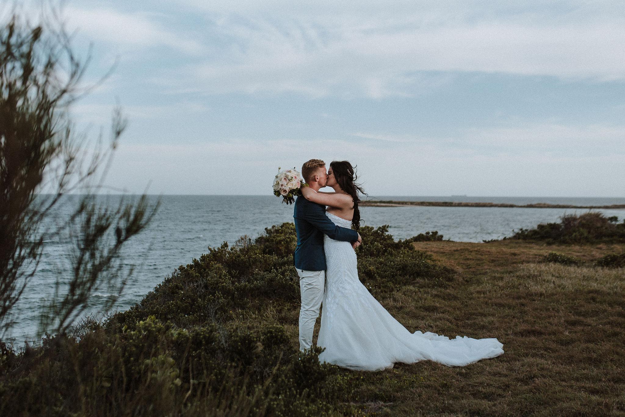 CAVES-BEACH-WEDDING-PATTEN-PREVIEW-7.jpg