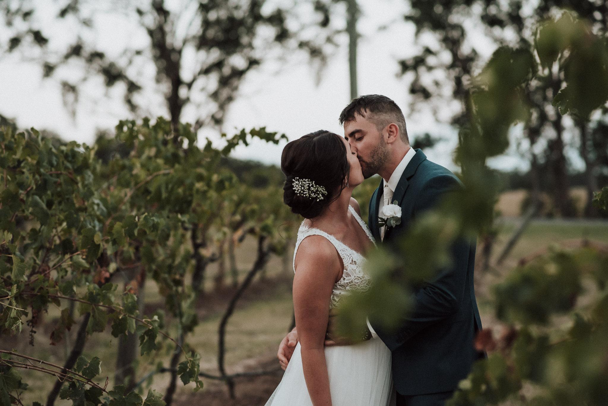 MECURE-RESORT-WEDDING-KING-WEB-533.jpg