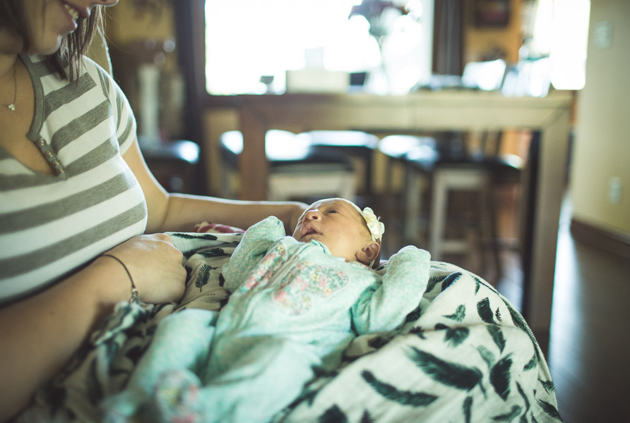 Northwest Indiana Lifestyle Newborn Family Session, Home Session, Natural Light, Laura Duggleby Photography-37.JPG