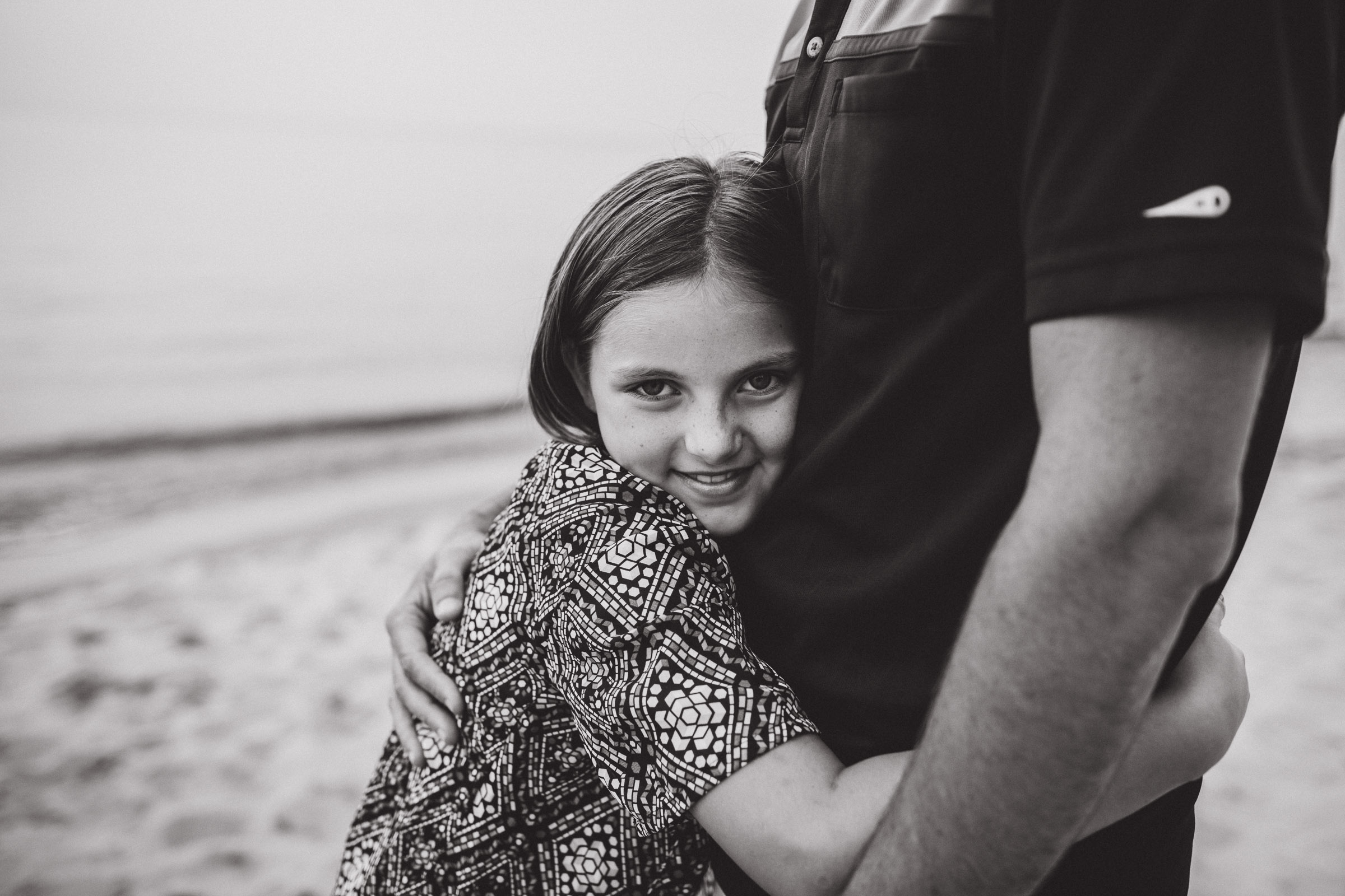 daughter pudding her father, black and white portrait