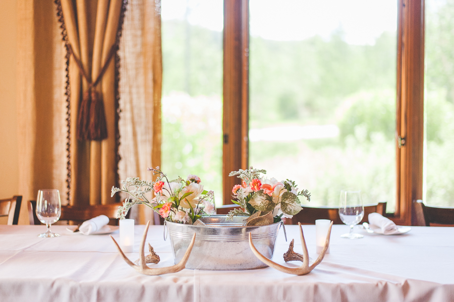 antlers and wildflower centerpieces