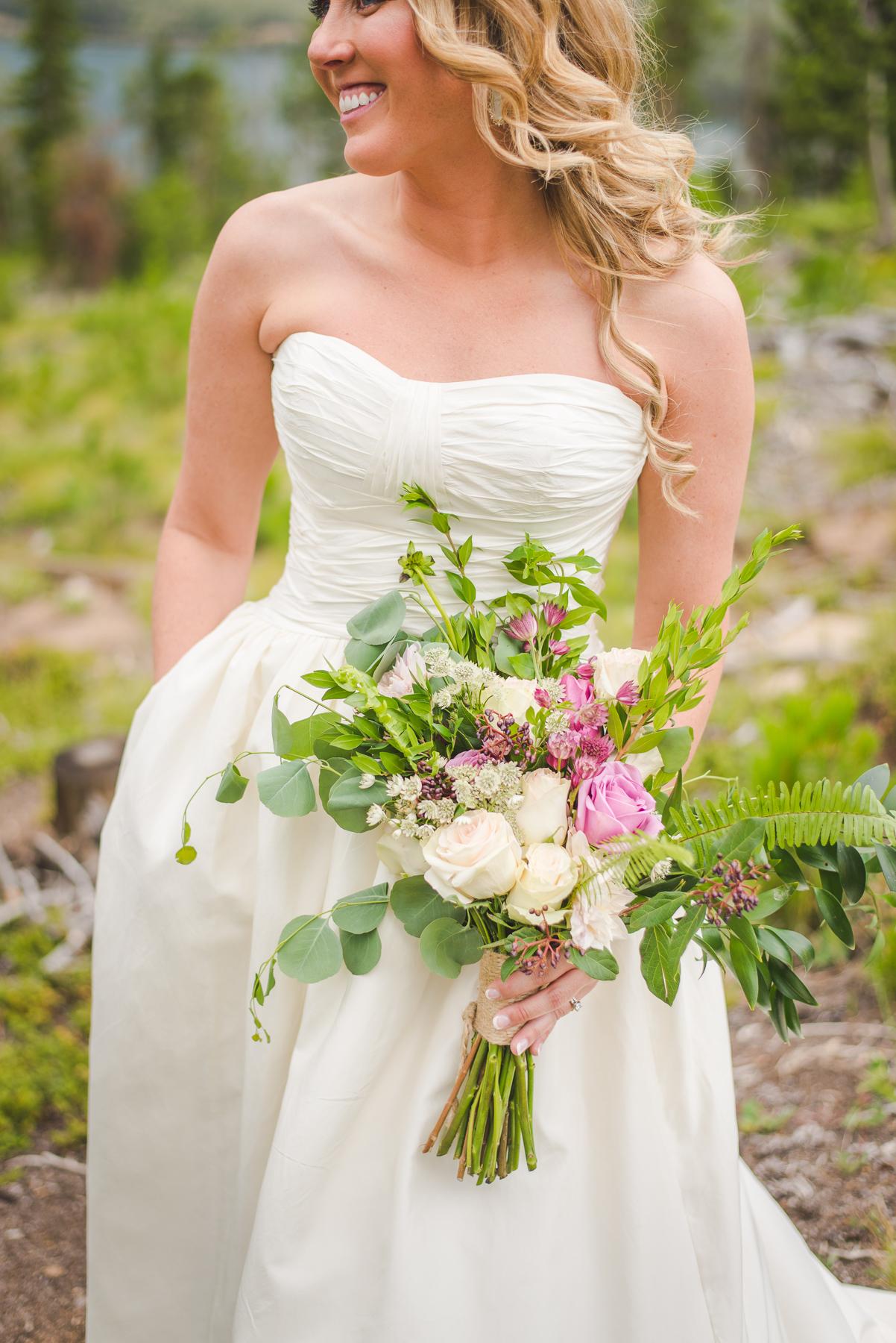 woodland breck florals colorado bride elopement by lake dillon | summit mountain weddings