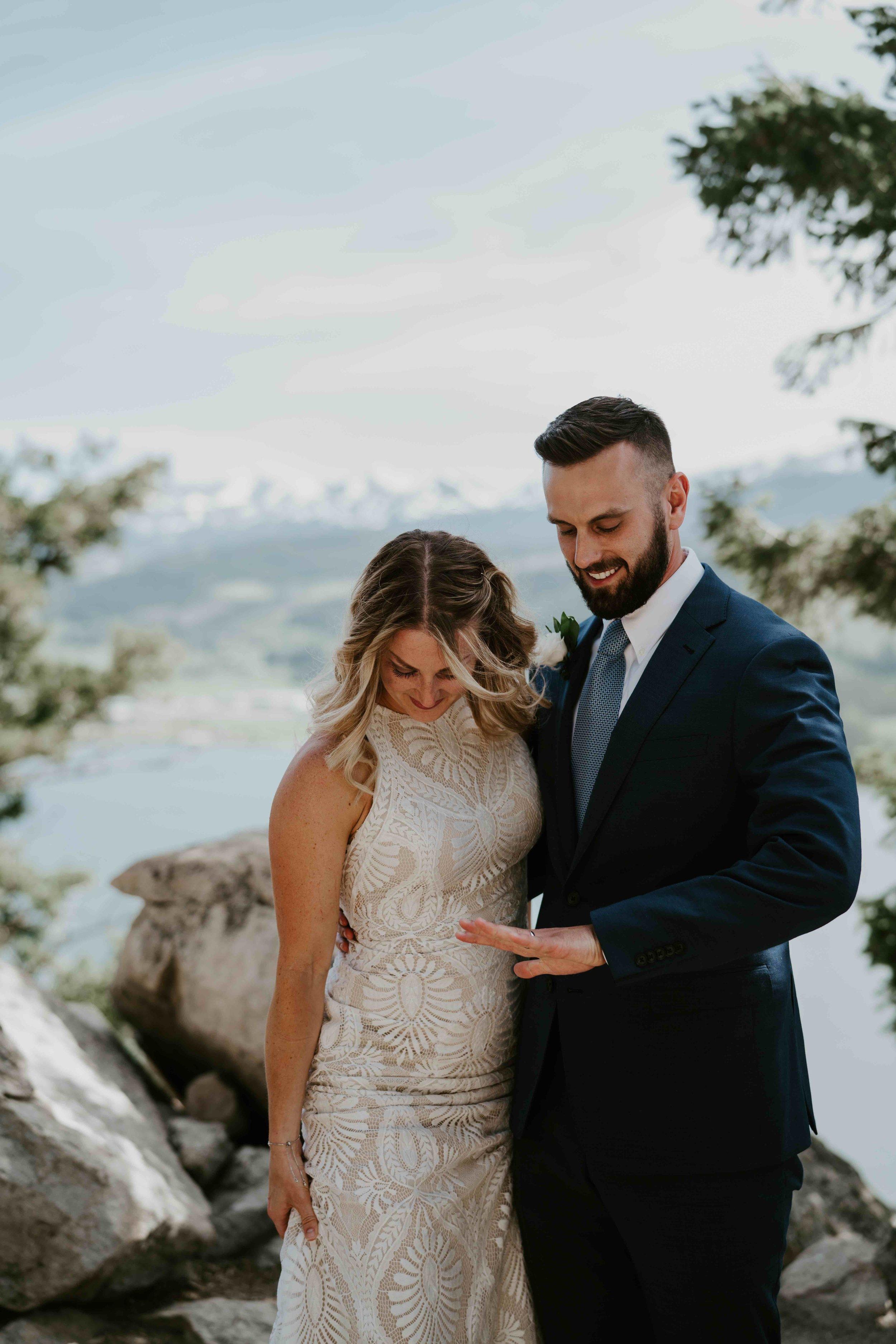 colorado small wedding by lake dillon   summit mountain weddings