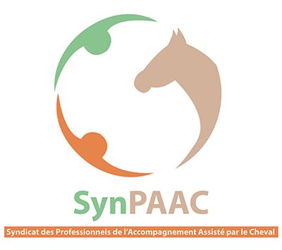 Membre titulaire du syndicat des Professionnels de l'Accompagnement Assisté par le Cheval ( SynPAAC )