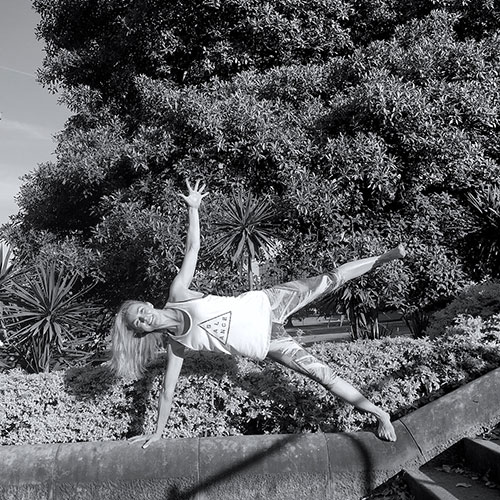 Julia Billington   Scrap dance classes or sport, Julia was far happier climbing trees and scaling cliff faces out in the suburban Brisbane 'bush' but it wasn't the physicality of yoga that hooked her. For one glorious hour, negative mind chatter would fade.   Read more...