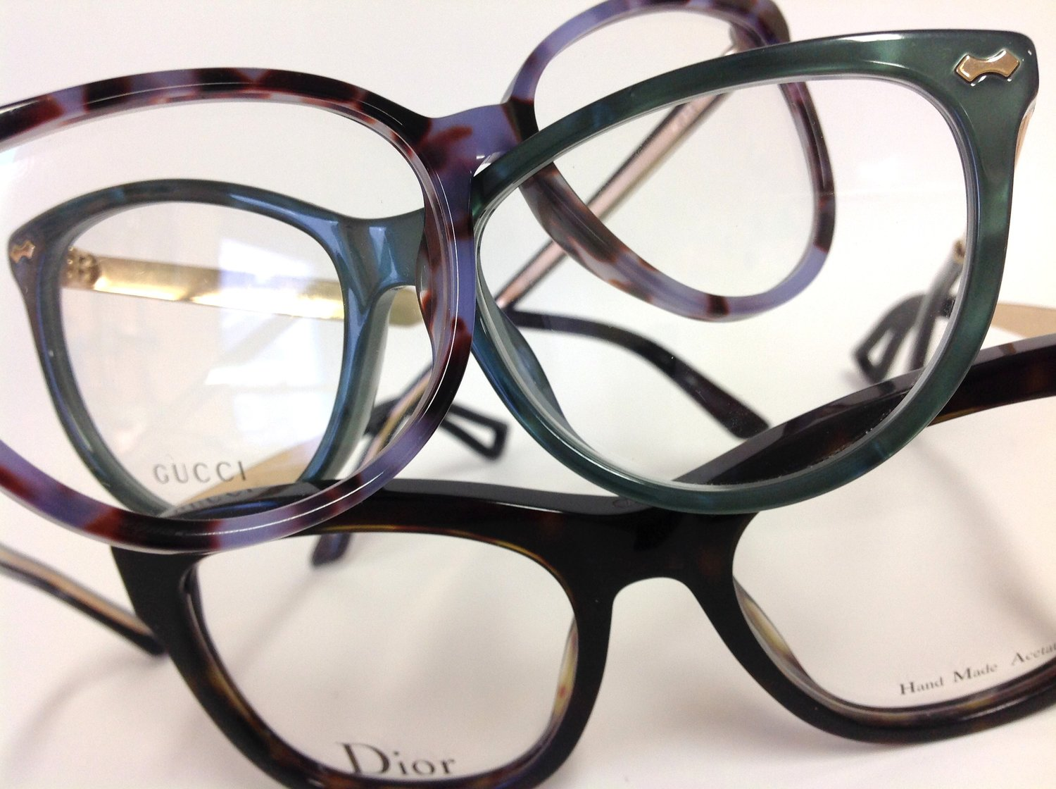 How To Pick Glasses To Suit Your Colouring Elliott Opticians
