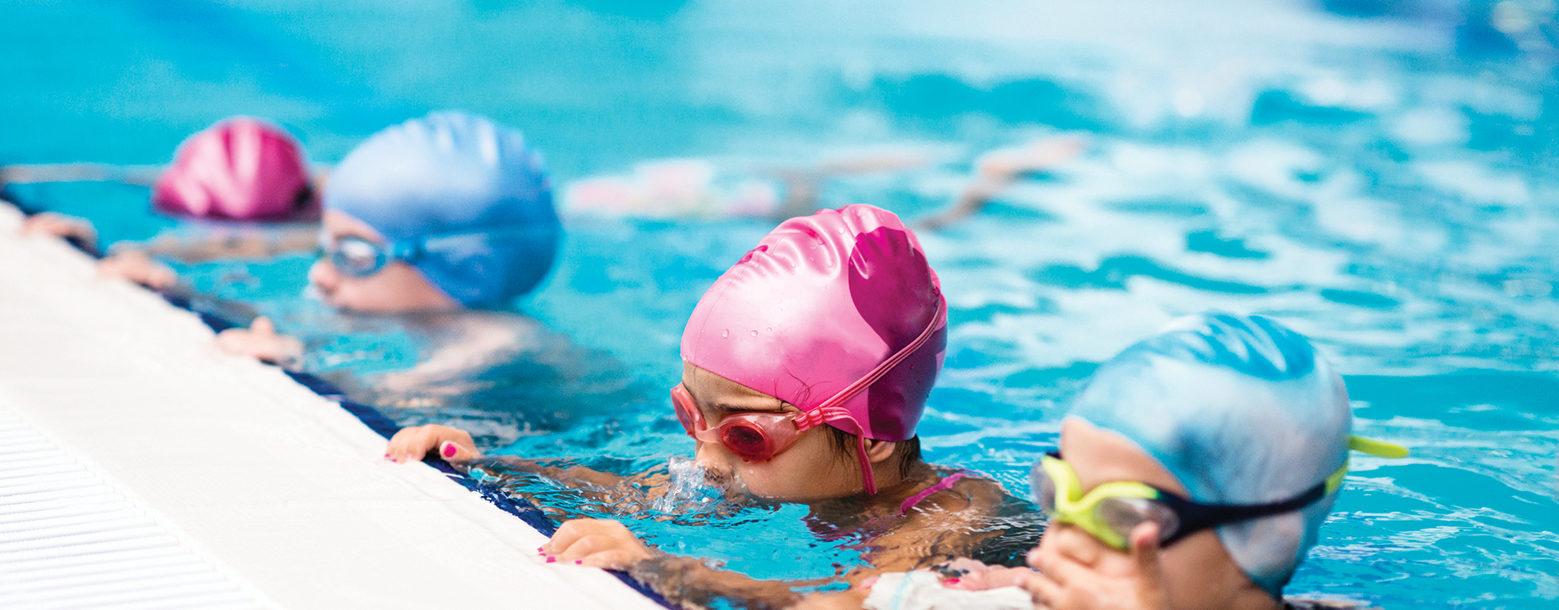 children-on-swimming-class-473428034_med-1559x610.jpg