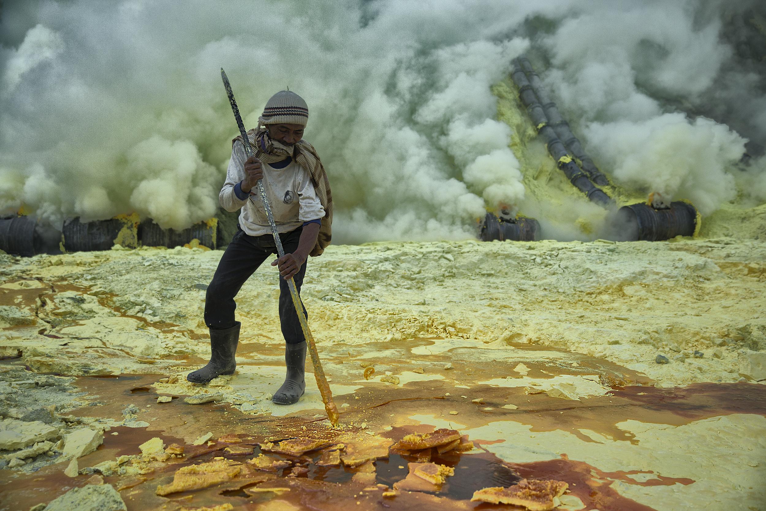 Collecting Sulphur, Ijen Volcano, Indonesia, 2012.