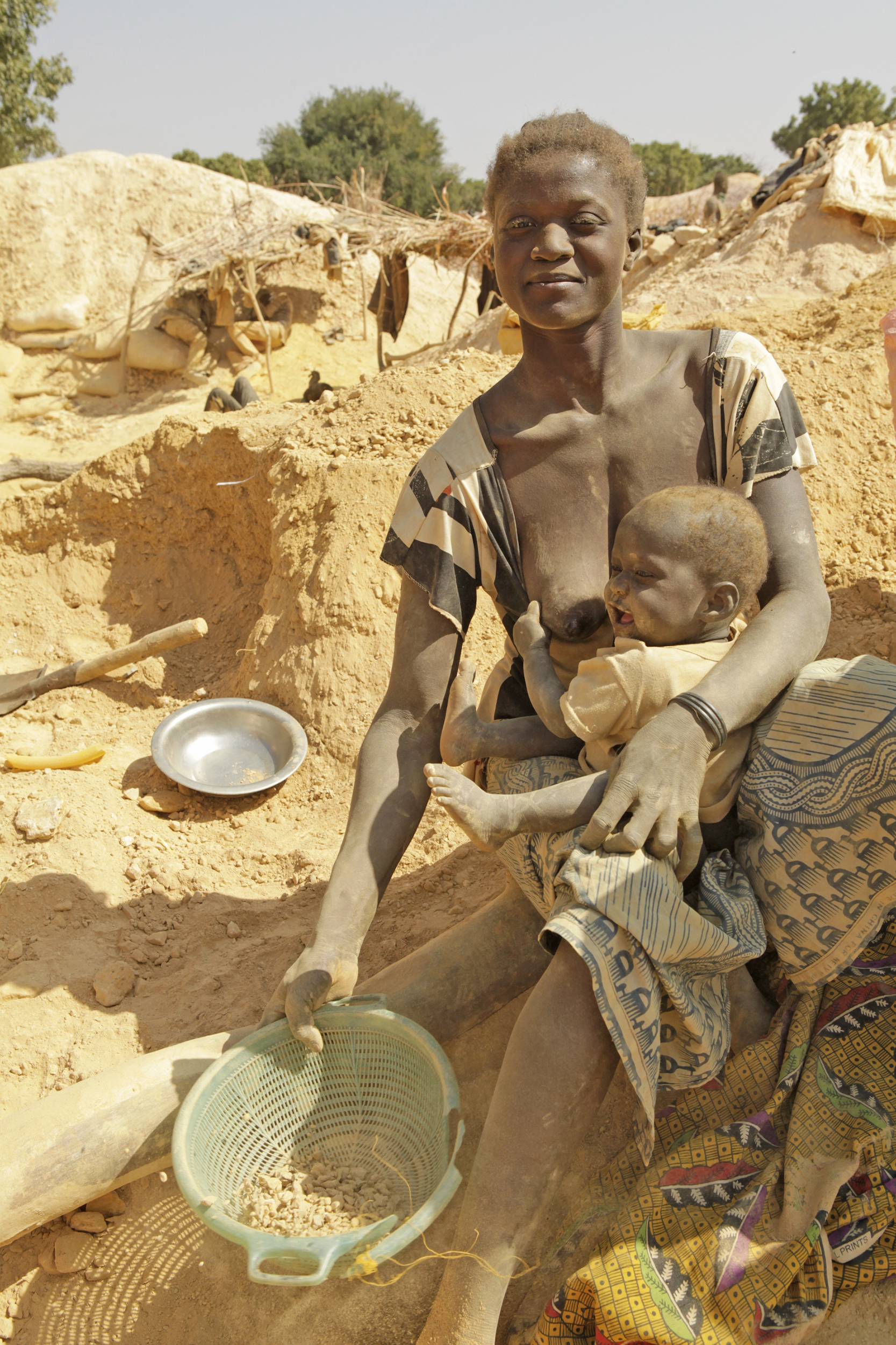Processing Ore, Burkina Faso, 2010
