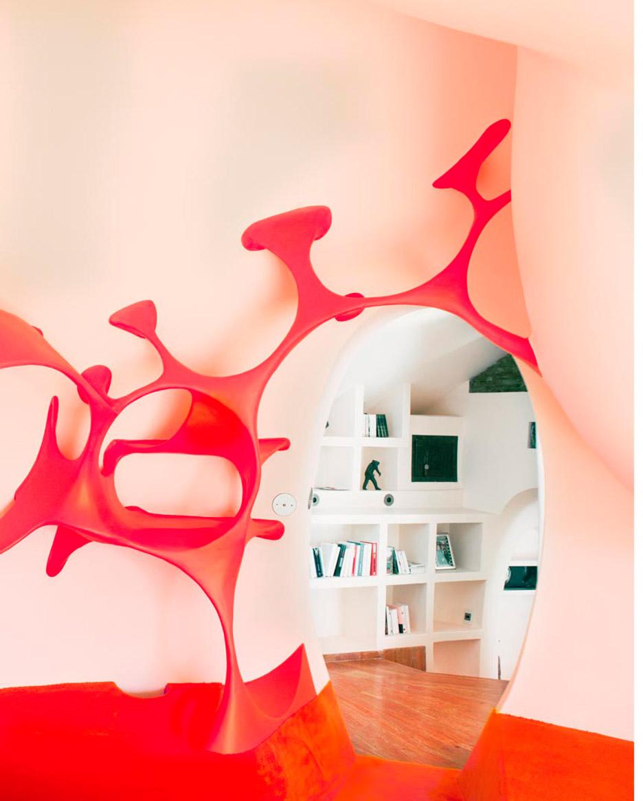 odile-decq-renovation-antti-lovag-bubble-house-maison-bernard-yves-gellie_dezeen_936_6-1.jpg