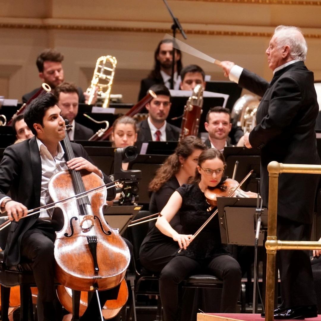 East Western Divan Orchestra proves detente possible
