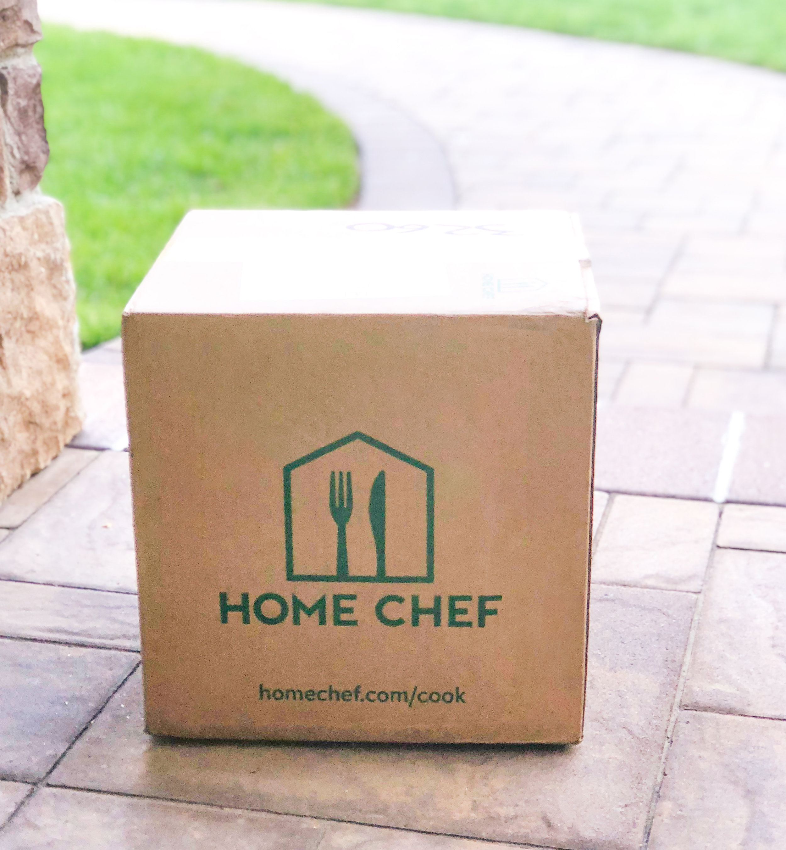 home chef delivery box.jpg