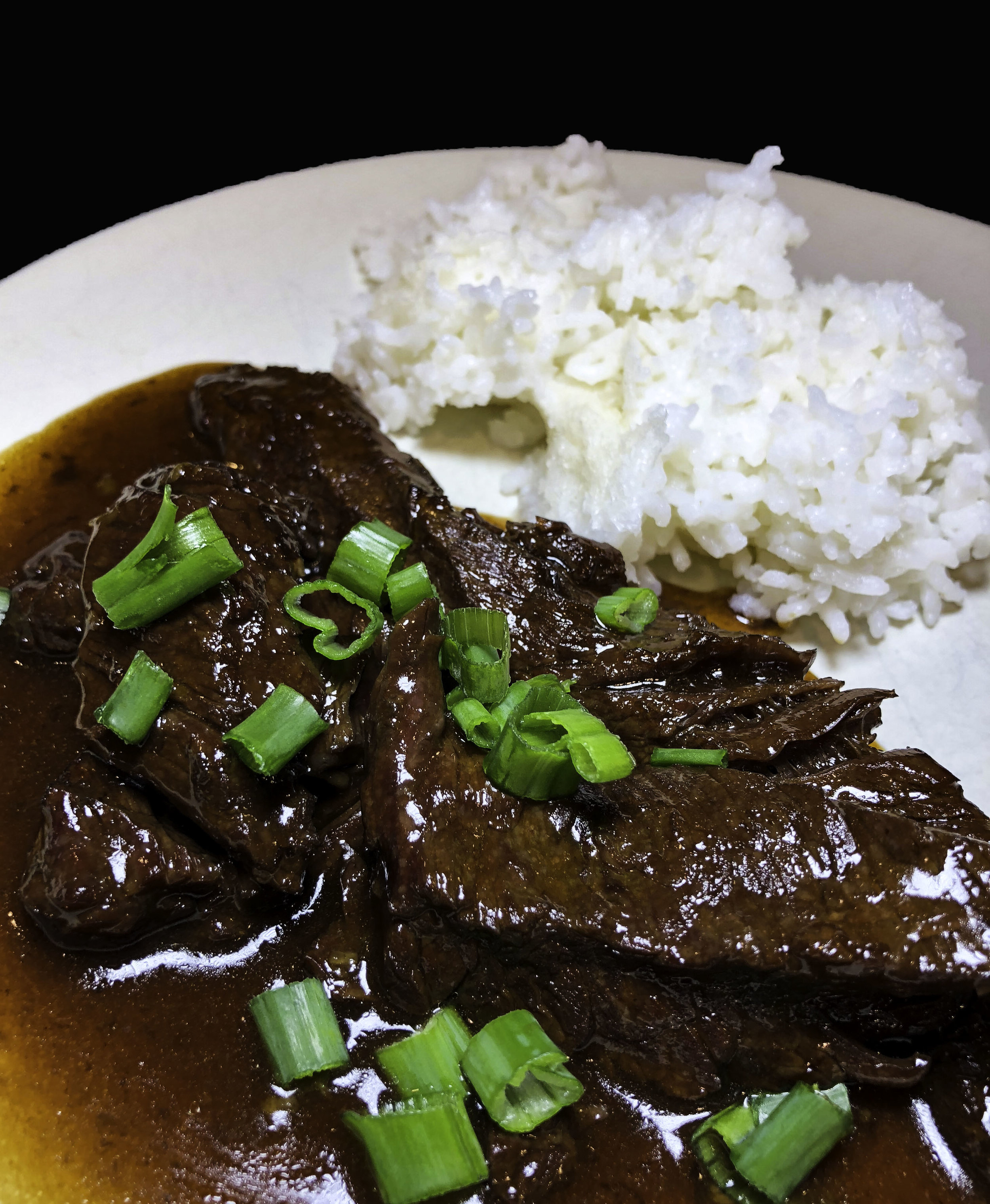 https://fashionablefoodieny.com/recipes/2018/1/21/instant-pot-mongolian-beef