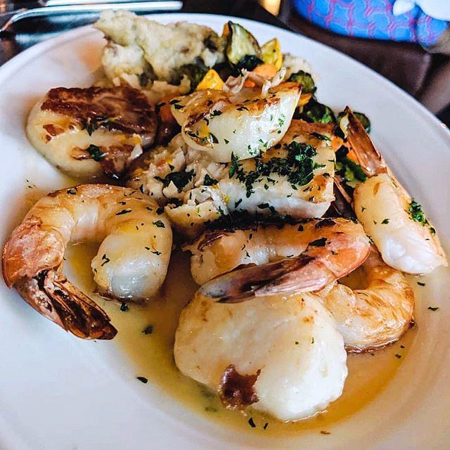 Broiled Ocean Platter: Shrimp, scallop, catch of the day, citrus herb buerre blanc, mashed potatoes, and house vegetables  _📸: @donnmigueldurante _#natedoesfood #nomnomjax #ribeye #igersjax #onlyinduval #duval #eatjax #eatdrinkjax #drinkjax #ilovejax #904 #devouringjax #jacksonville #jax #riverandpostjax