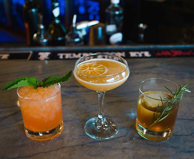 3 ways to start your weekend! 🍹🍸🥃 _ 📸: @natedoesfood  _ #riverandpostjax #cocktails #cocktail #drinkjax #jax #sonyalphafood #904 #foodandwine #sonyalpha #jacksonville #nomnomjax #natedoesfood #onlyinduval