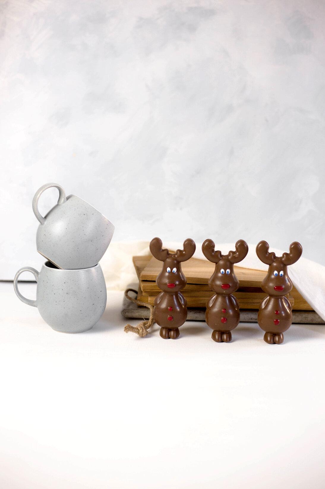 reindeer_carousel.jpg