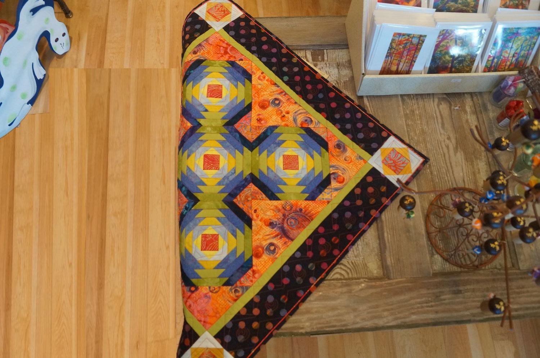 Sliced Pineapple Quilt.JPG
