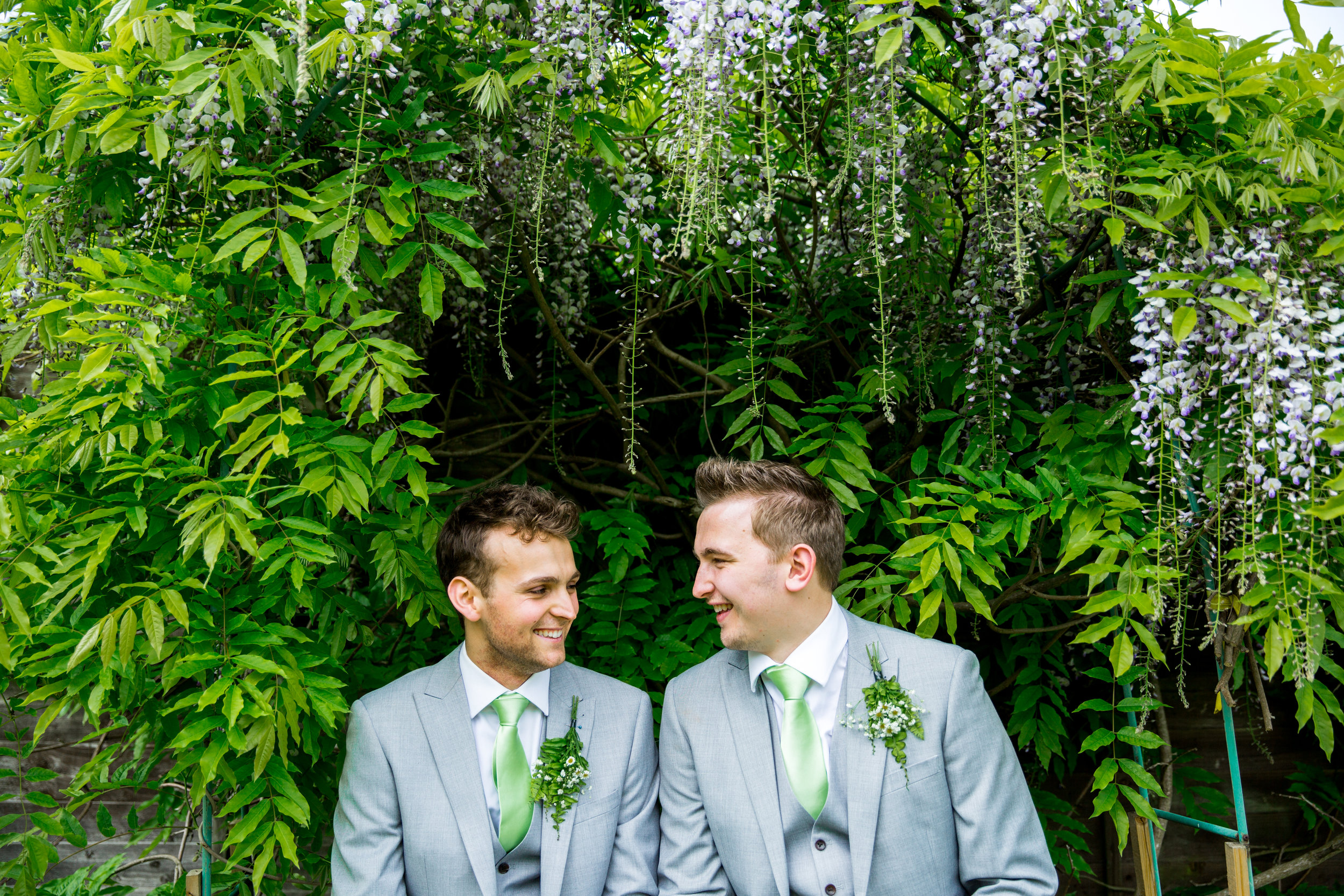 Arran and Mikhail - www.bridalmusings.com