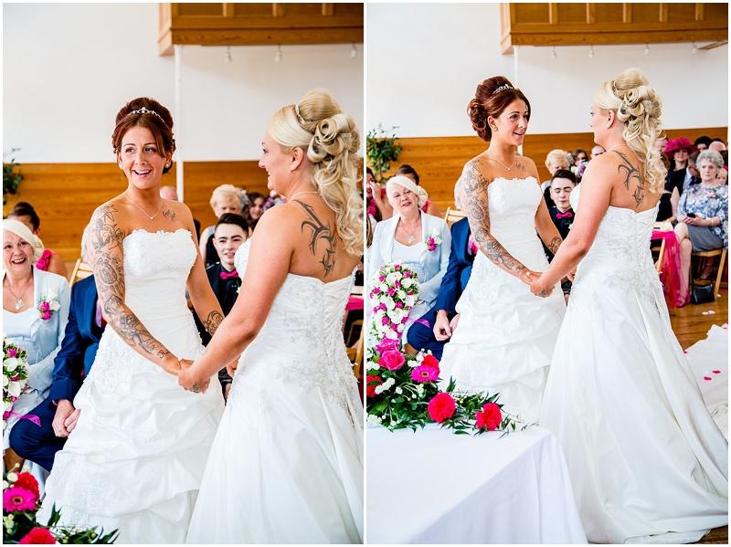 New Lanark Wedding Photos_0035.jpg