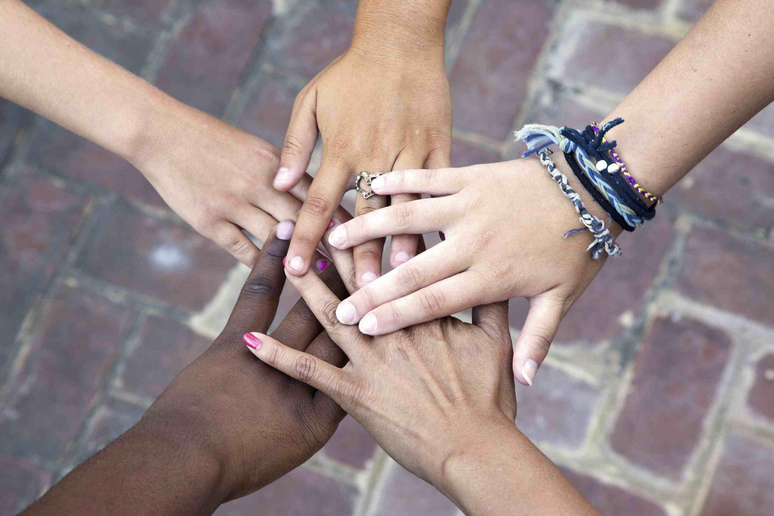 Social-support-hands-jabejon-56a905953df78cf772a2e582.jpg