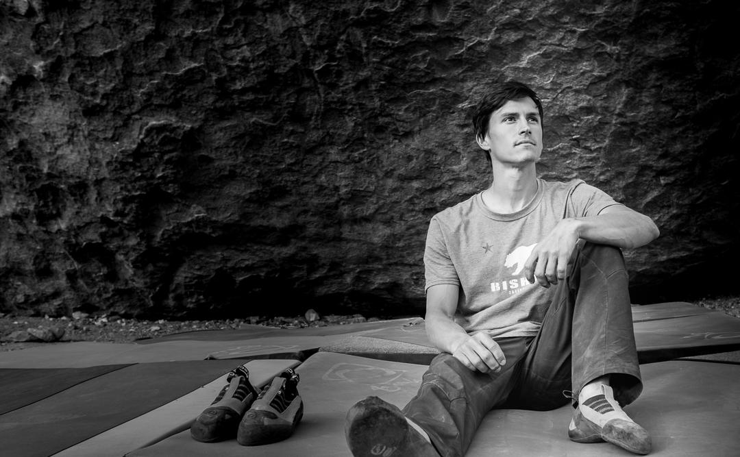 @CarlosRomania_BWFace_Climbers_ProjectMag_MARCH-04352.jpg