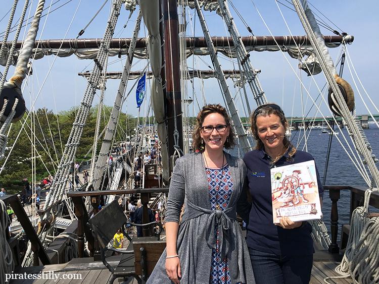 Elizabeth Lorayne. Elizabeth Lorayne with Captain Rosario Fernandez Rodriguez of tall ship El Galeón.