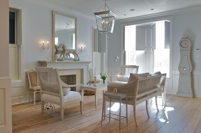 Leo_Designs_Chicago_interior_design_swedish_inspired17.jpg