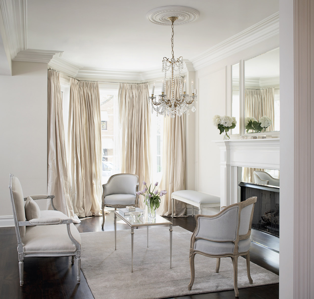 Leo_Designs_Chicago_interior_design_elegant_inspired1.jpg