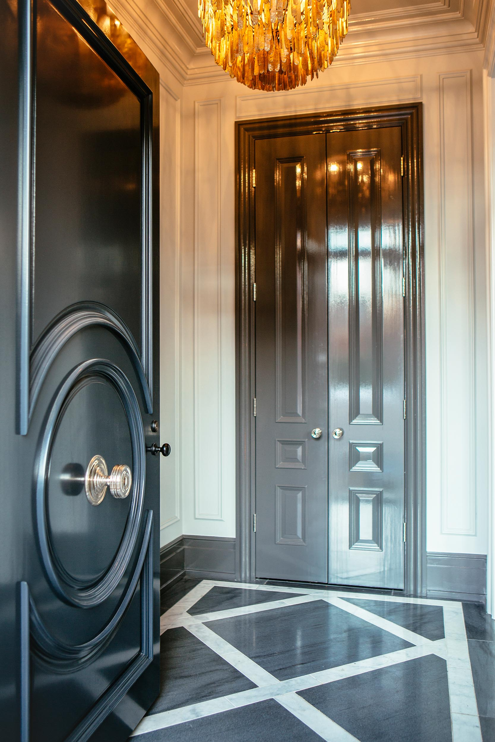 Leo_Designs_Chicago_interior_design_lincoln_park_parisian34.jpg