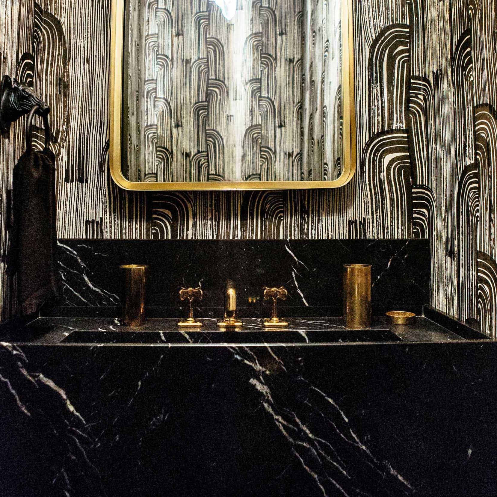 Leo_Designs_Chicago_interior_lake_shore_renovation23.jpg