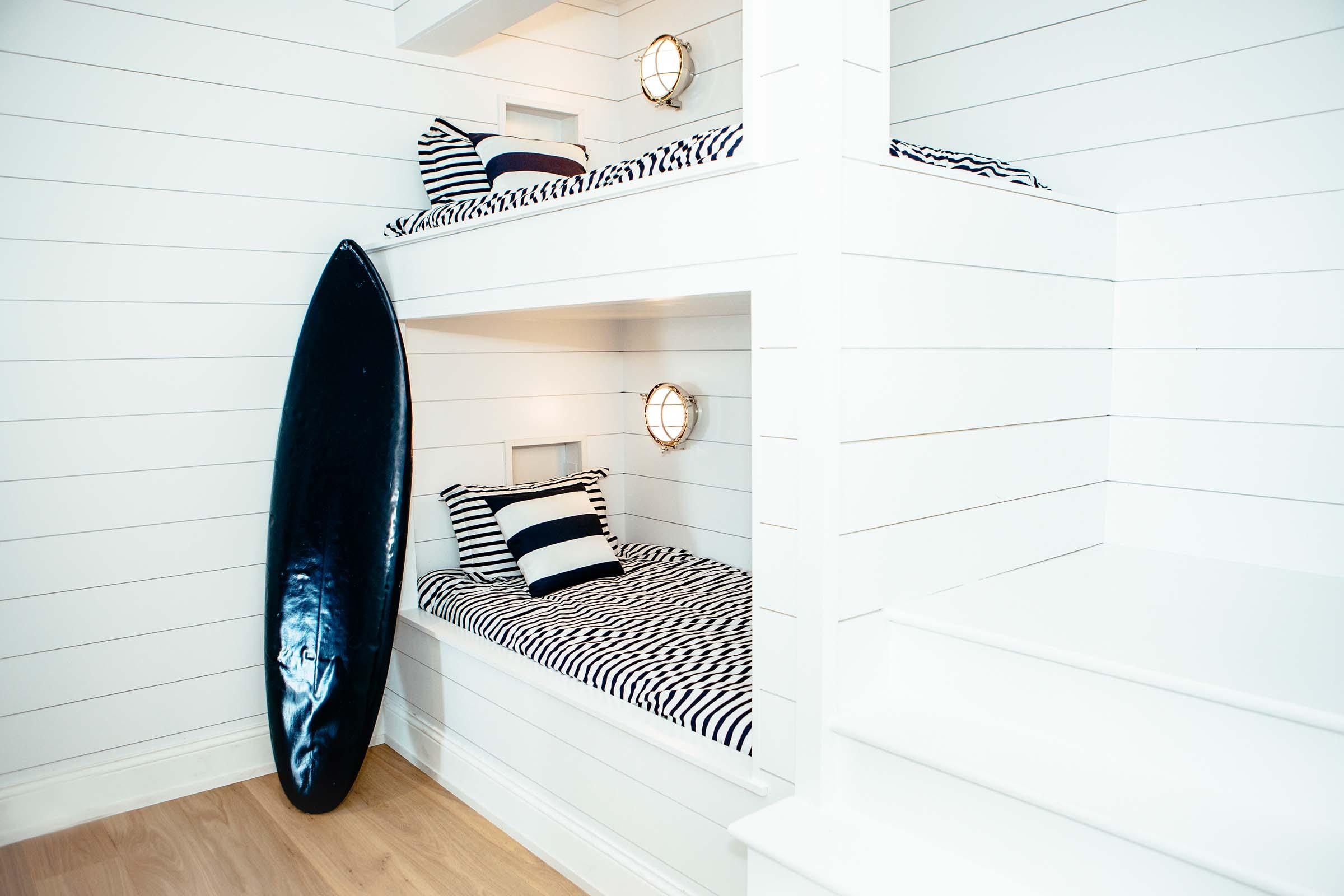 Leo_Designs_Chicago_interior_design_grand_haven_beach_refuge18.jpg