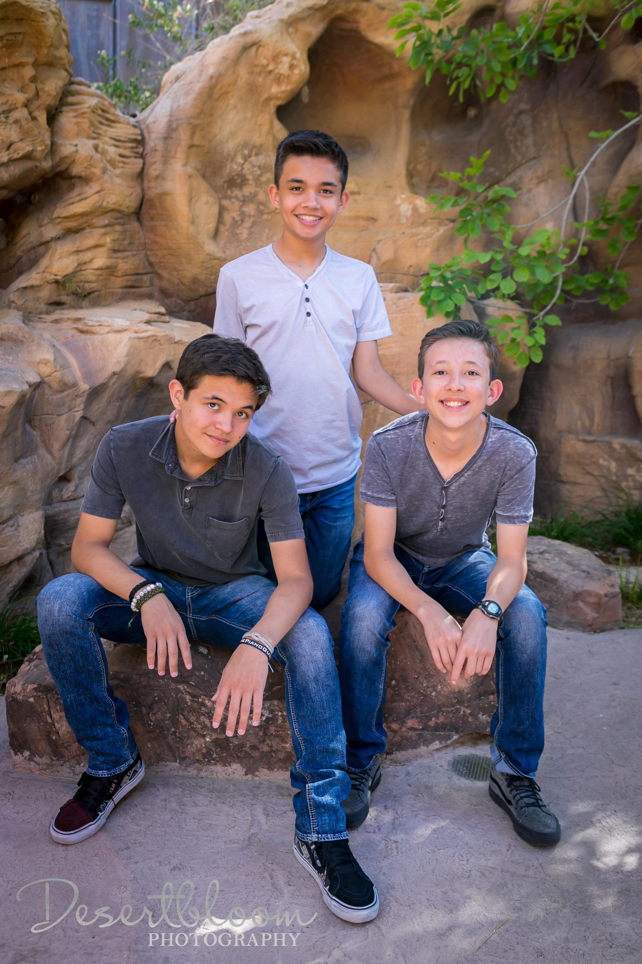 desert-family-portrait-session-springs-preserve-boy-mom.jpg