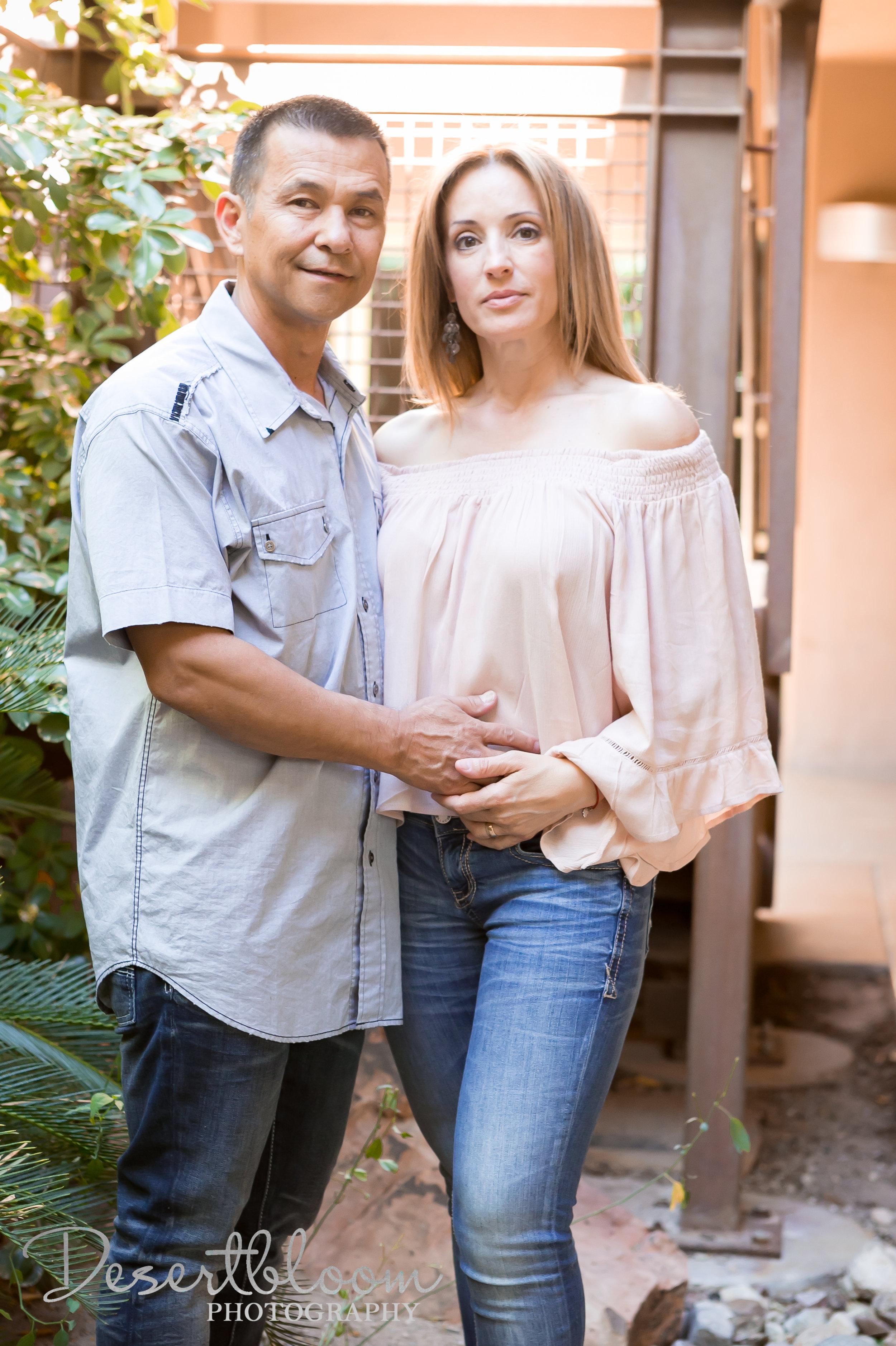las-vegas-couples-photographer-desert-romantic-elopement.jpg