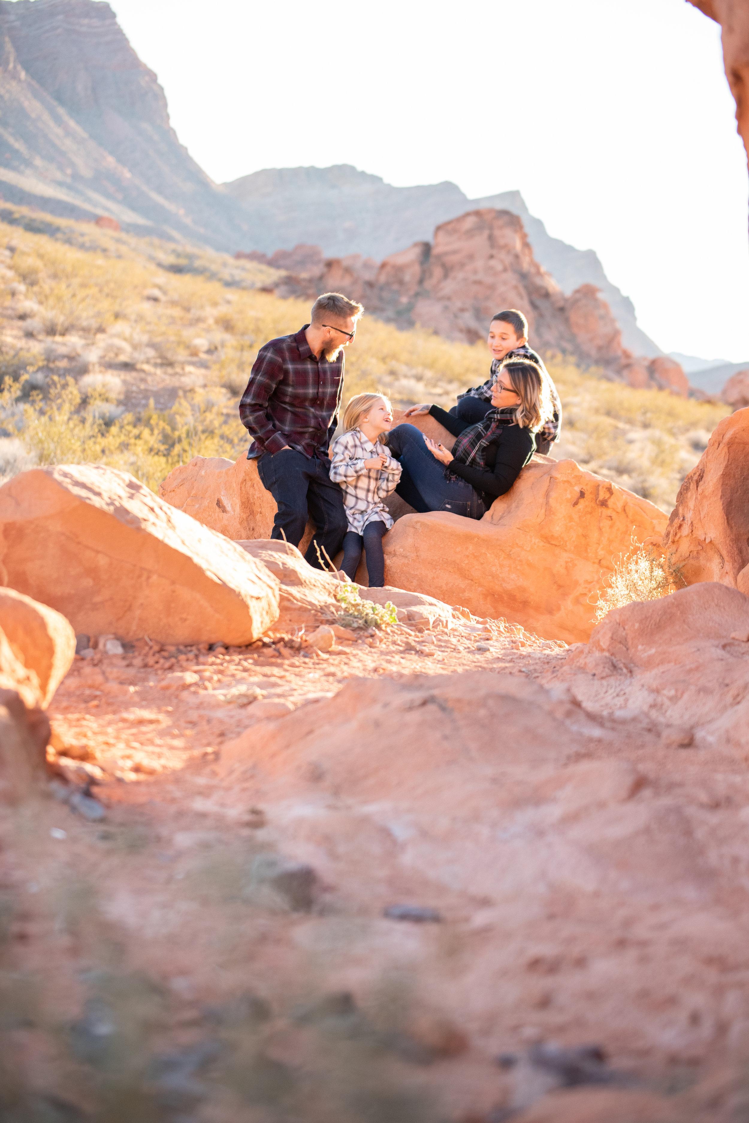 henderson-life-style-photographer-desert.jpg