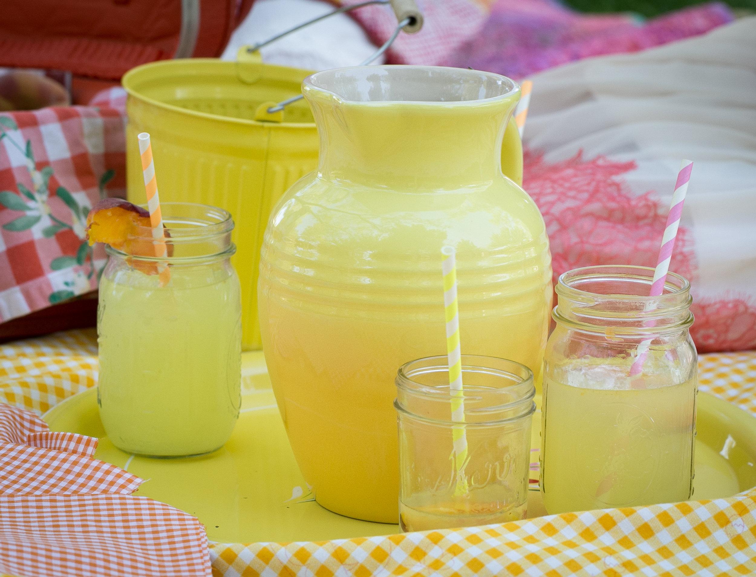 Doesn't that lemonade look so refreshing!