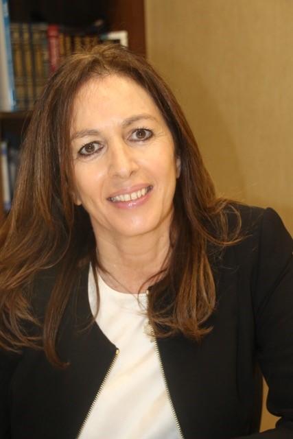 Sandra Meyer (Senior Consultant Associate)