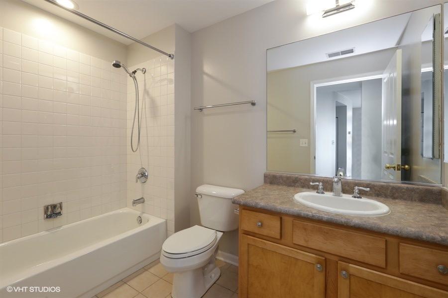 11_343WOLDTOWNCourt_Unit503_8_Bathroom_LowRes.jpg