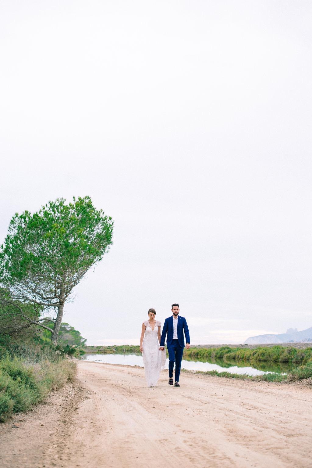 Leo and Paulina - Experimental beach