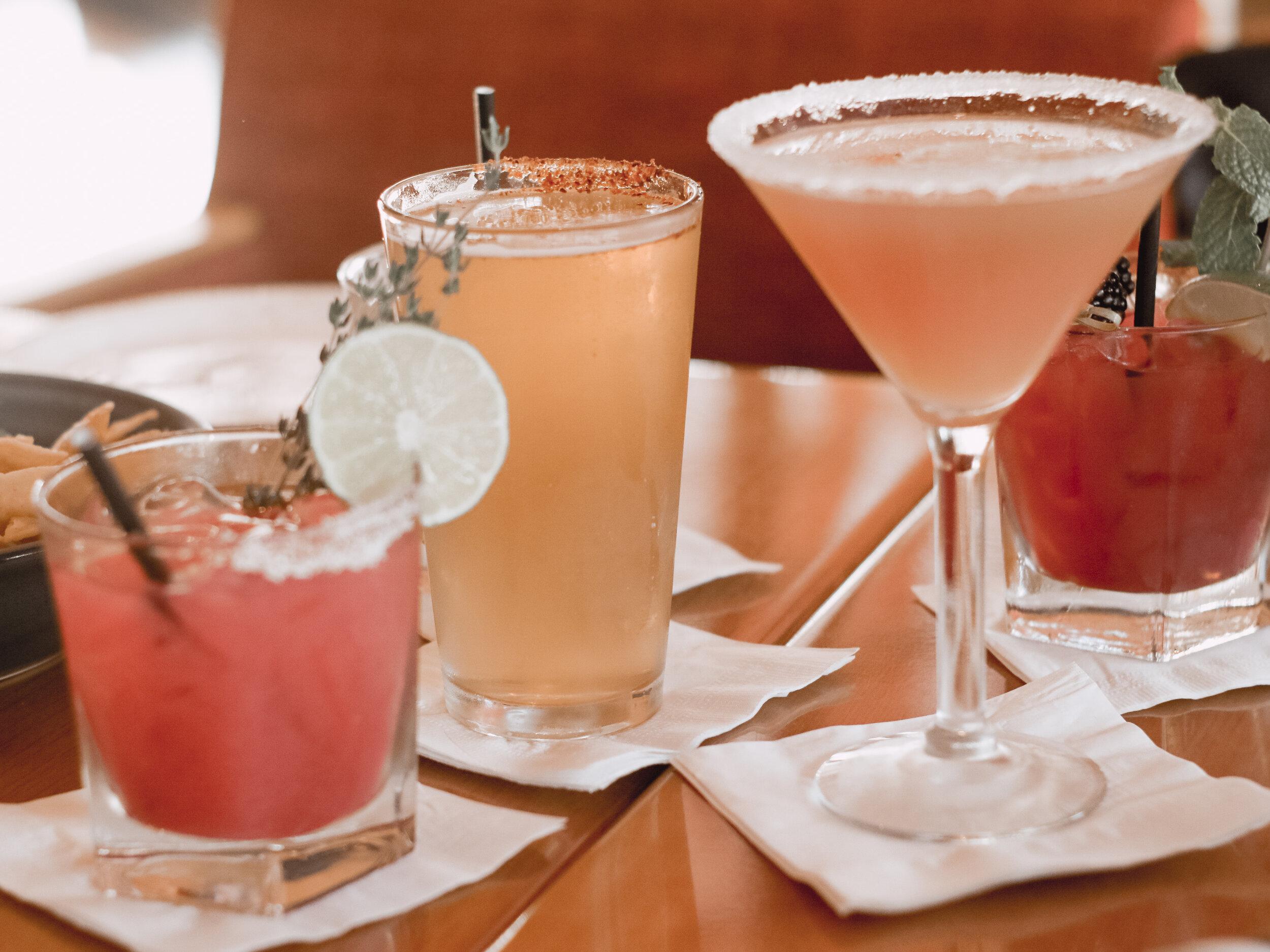 Eats Kitchen & Bar Irvine Cocktails & Beer | AMANDANHAMMOND.COM