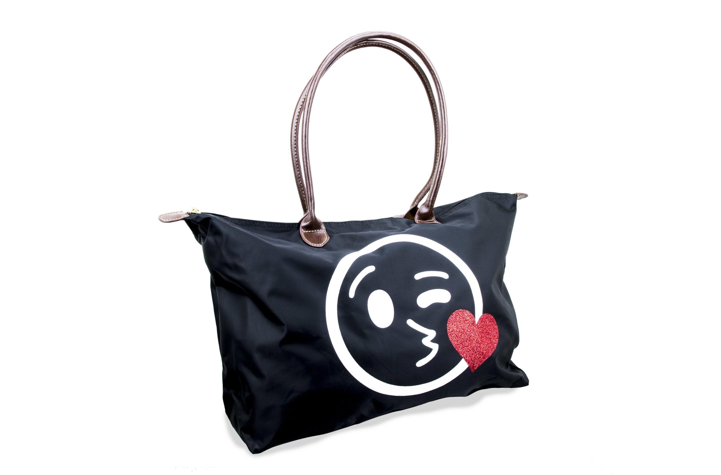 Kissy Bag
