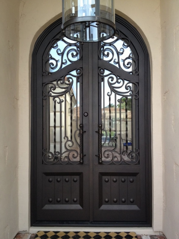 OLD WORLD IRON DOOR 21