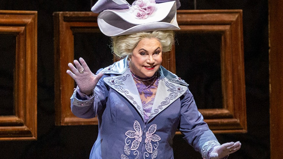 Kathleen Turner making her Metropolitan Opera debut as the Duchess of Krakenthorp. Photo by Marty Sohl, Metropolitan Opera.