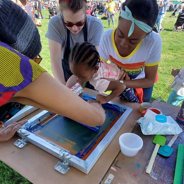@thearcadedc It takes a team! Great day at the #dcriverfest #nonstopartforever #acreativedc #screenprinting #makerspaces