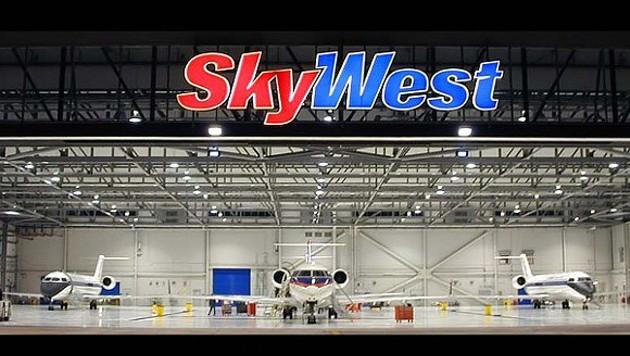 SkyWest Hanger